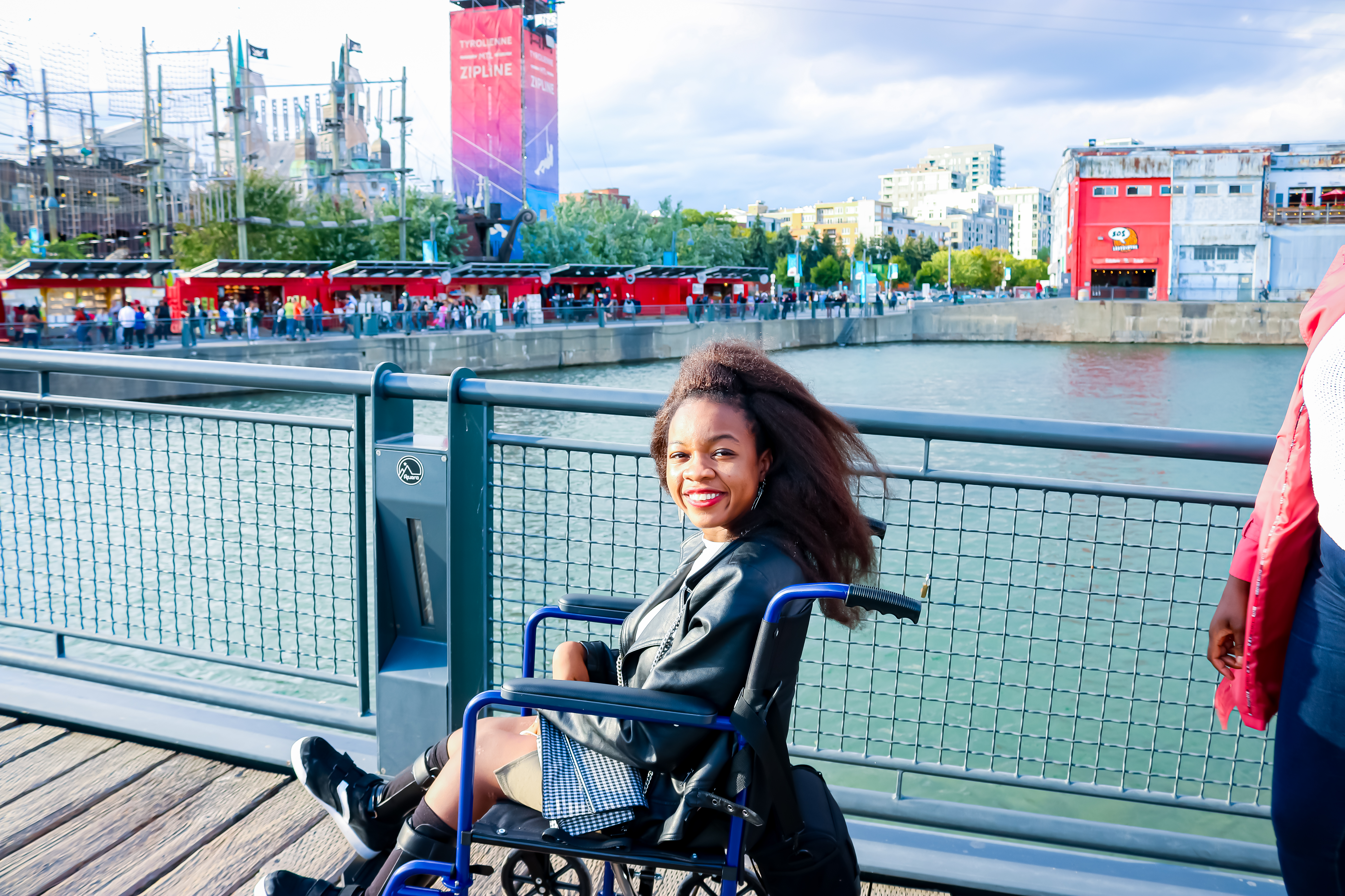 Rachy in Montréal on wheelchair